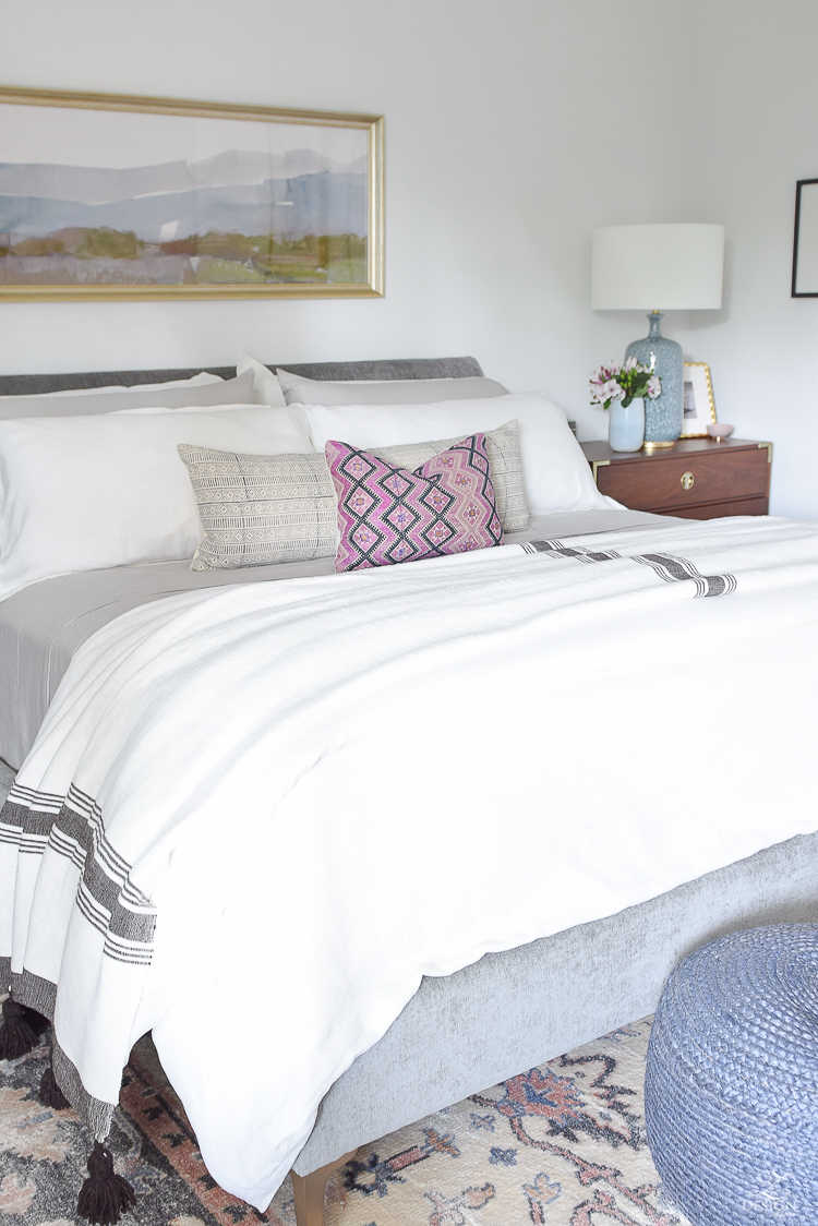 Summer bedroom tour - a boho chic bedroom design