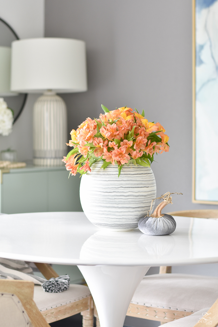 Simple Modern fall decor styling tips and ideas