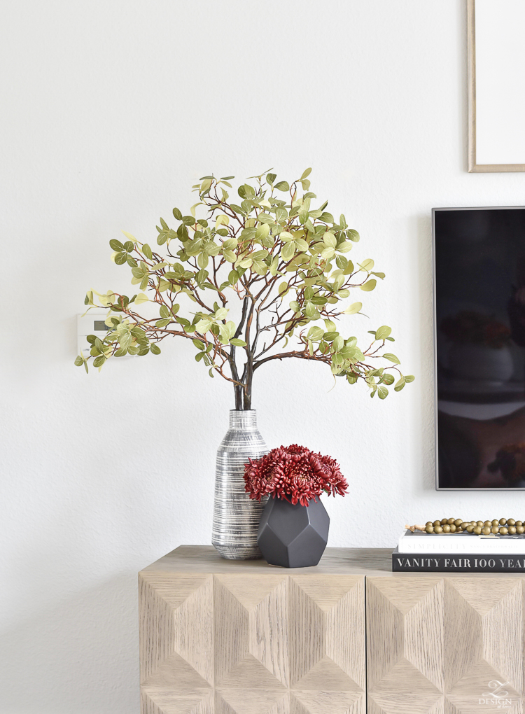 Simple Modern Fall Decorating Ideas - Fall branches, black geometric vase