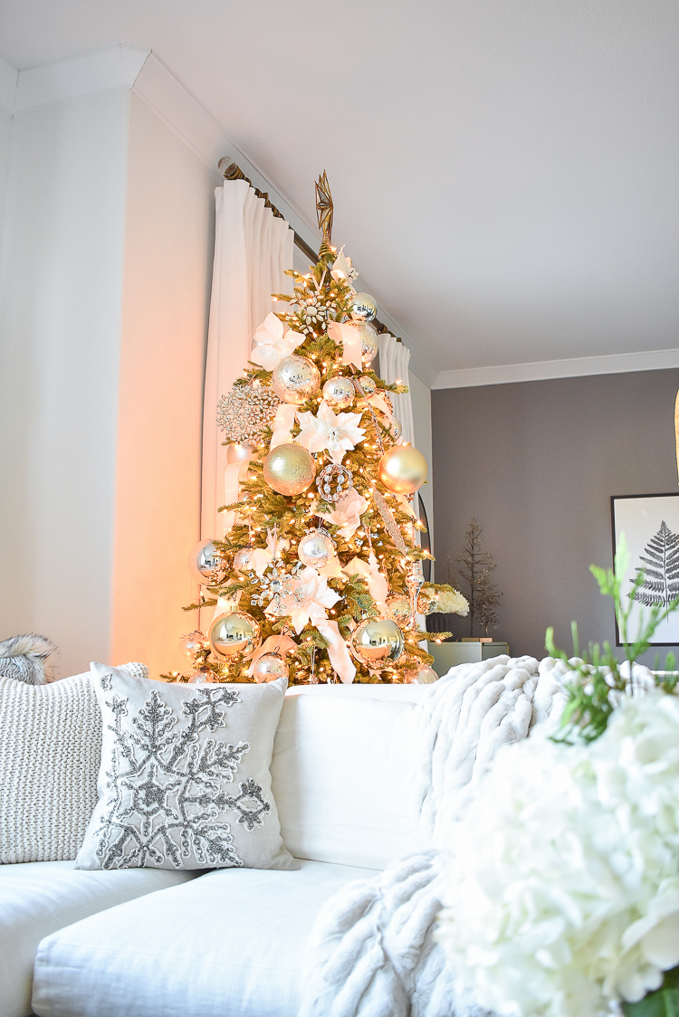 Styled For The Season Christmas Tour - White, Gold & Silver Glam Christmas Tree