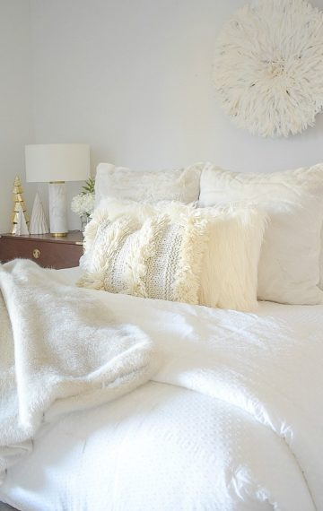 Boho Chic, Neutral Christmas Bedroom Tour