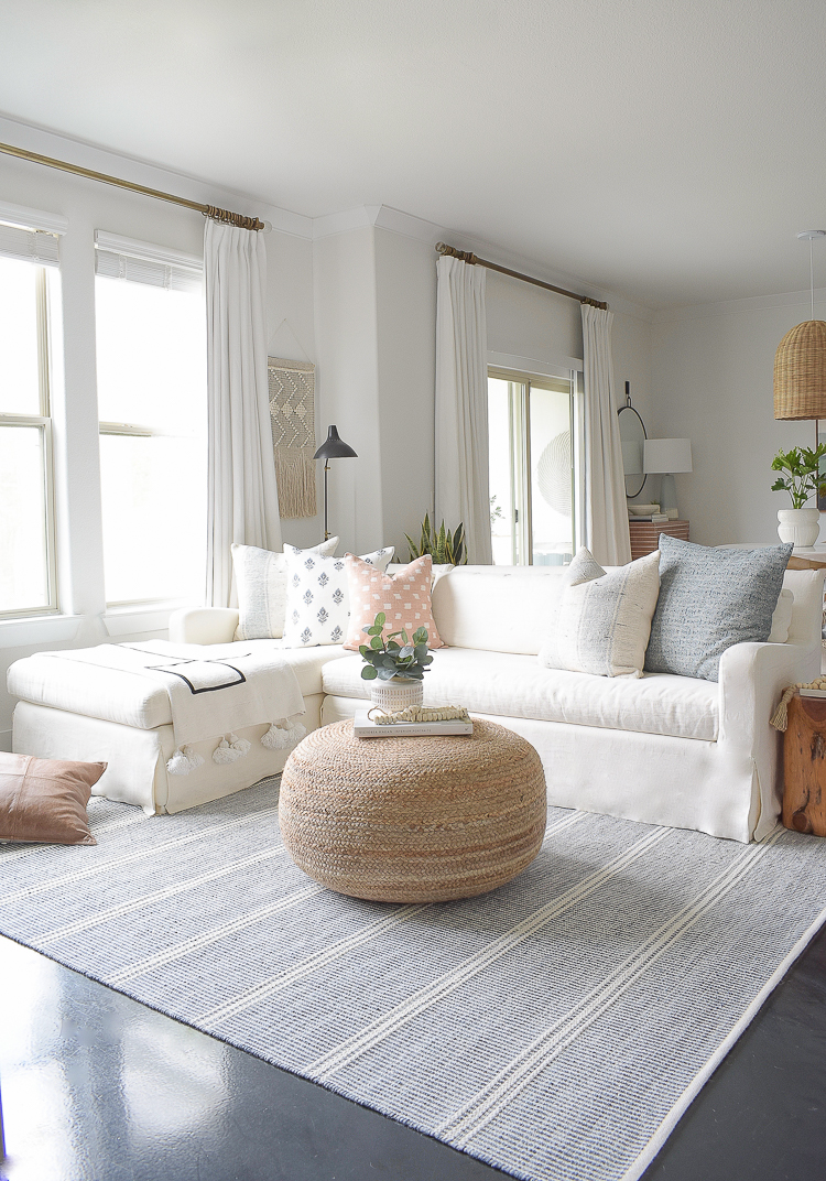 Light Airy Spring Living Room Tour Zdesign At Home