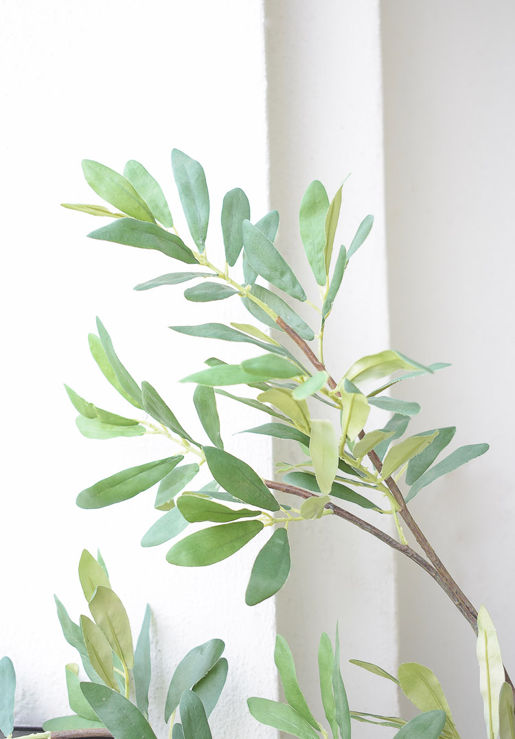 The best faux olive trees + reviews