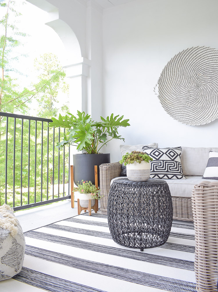 Tips For Creating A Relaxing Outdoor Space This Summer + A Patio Tour