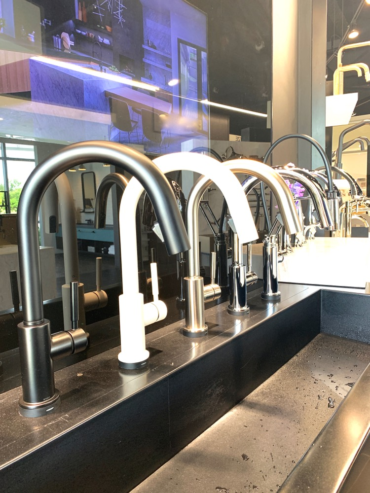 Delta faucet design bloggers event - Trinsic kitchen faucet in black stainless, white, chrome, nickel