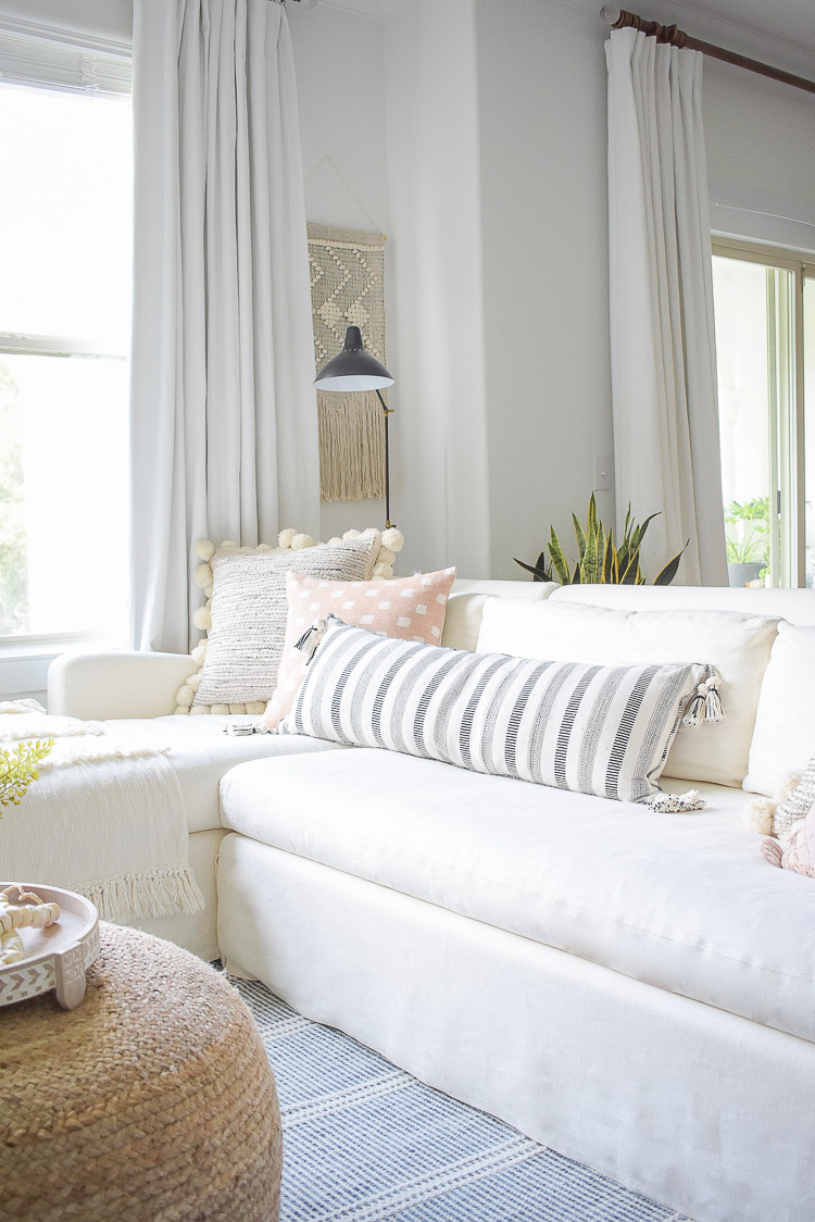 Black and white pom pom tassel pillows, summer living room home tour