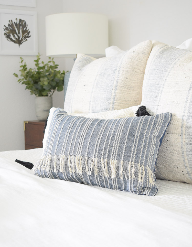 4 Subtle Ways To Add Coastal Decor To Your Home - Coastal Inspired Bedroom