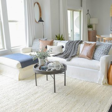 Chunky Wovens For Fall - How to Add Subtle Fall Decor without going over the top