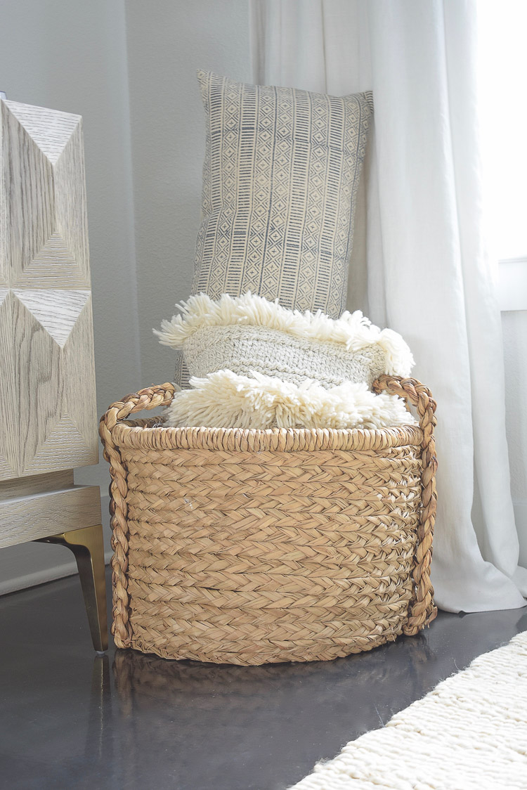 Chunky Wovens for Fall - great price on this knockoff braided woven handle basket for fall