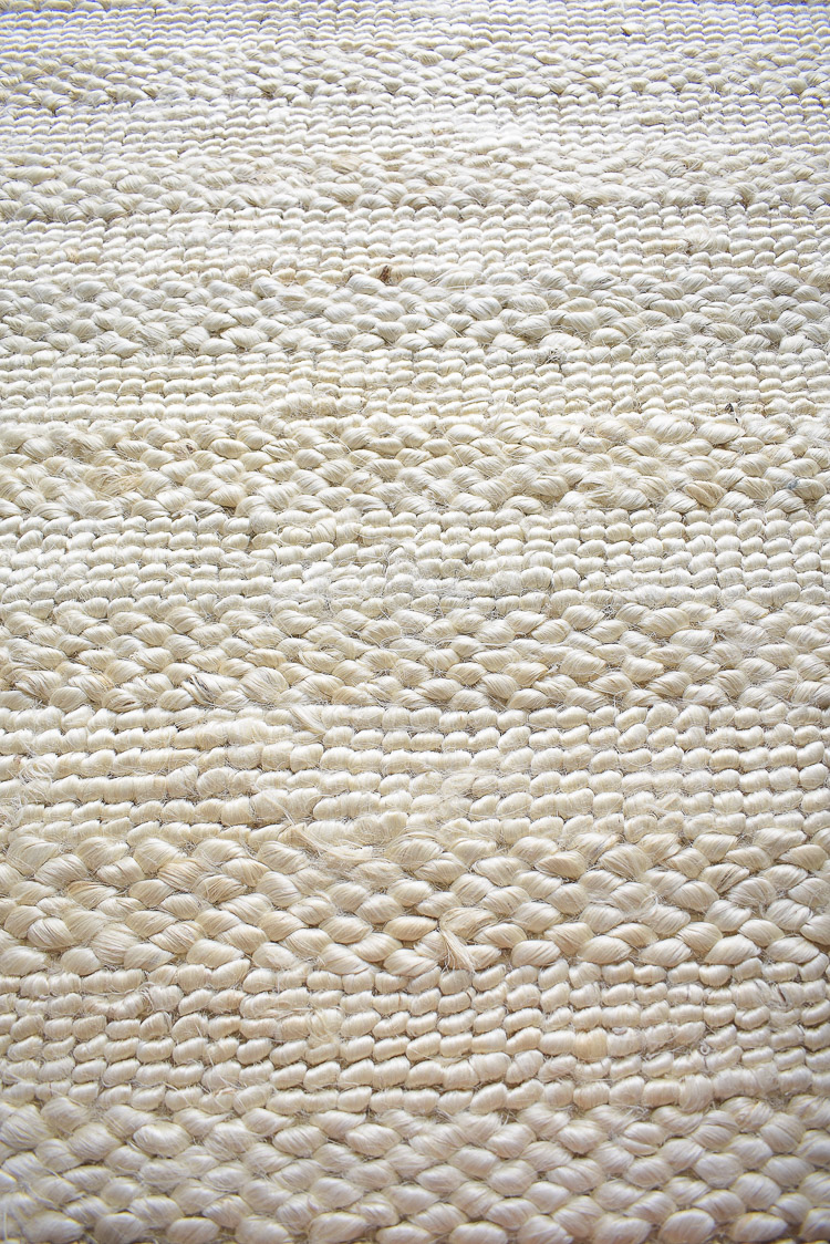 Chunky Wovens for Fall - textured cream rug from walmart for fall decorating