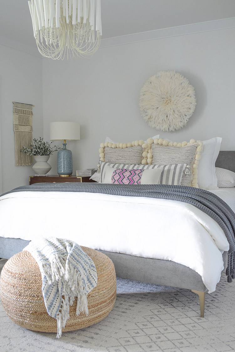 Fall Bedroom Tour - white linen bedding, pom pom pillows, black what xl pillow