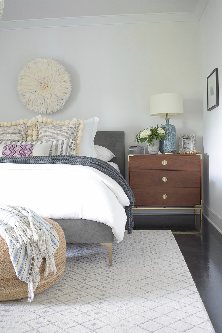 Fall bedroom tour - how to style a nightstand