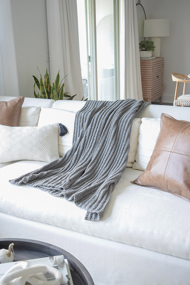Chunky Wovens for Fall - Chunky gray chenille throw blanket