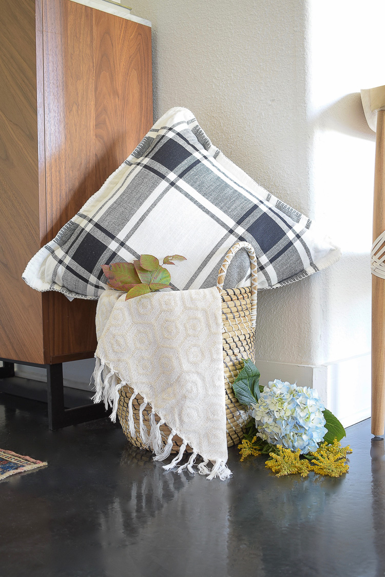 chic modern styled fall entry - buffalo plaid pillow in black and white
