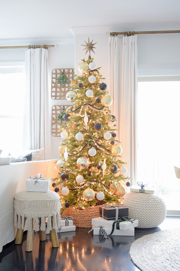 black, gold & white christmas tree