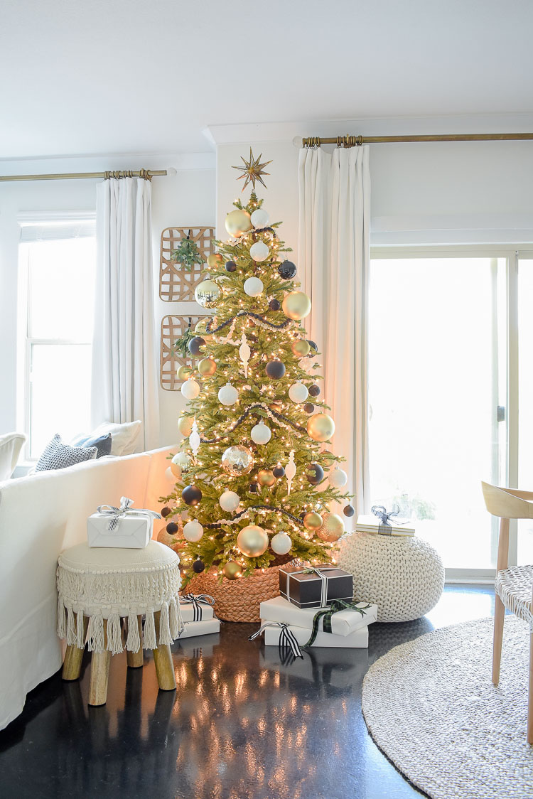 Black, White & Gold Living Room Tour - Modern styled green pre-lit christmas tree