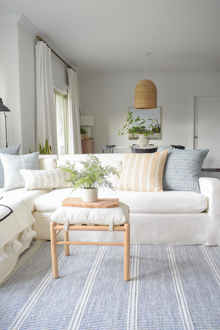 How to decorate for summer in this airy living room summer tour