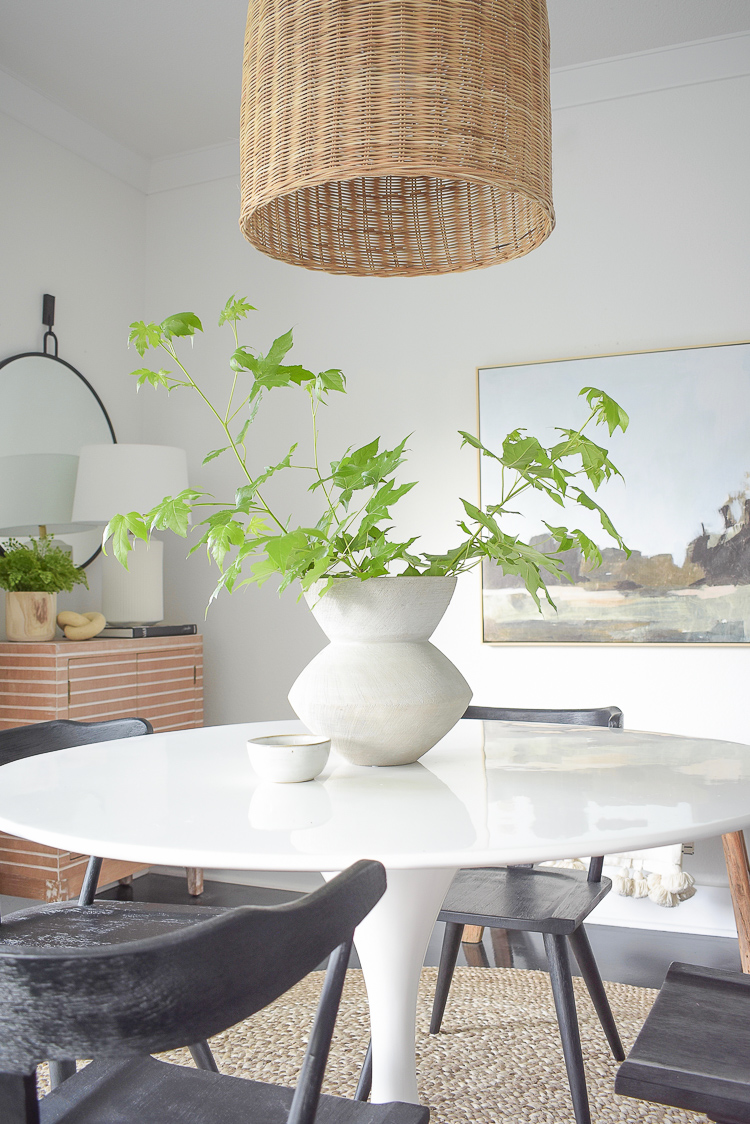 Tips for modern summer decorating.