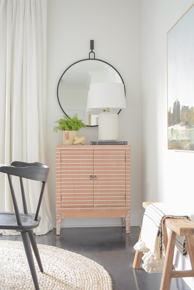 Tips for summer decorating - how to style a credenza