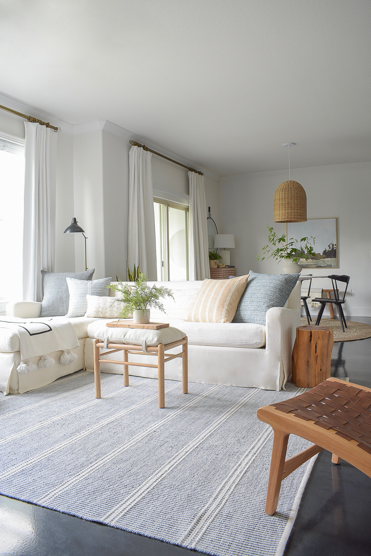 Summer Living Room Tour + Tips for Summer Decorating