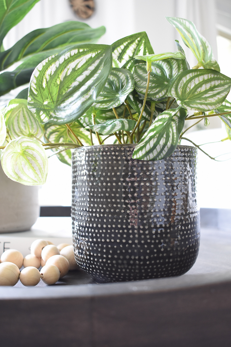 Ceramic pot with white dots for faux house plant