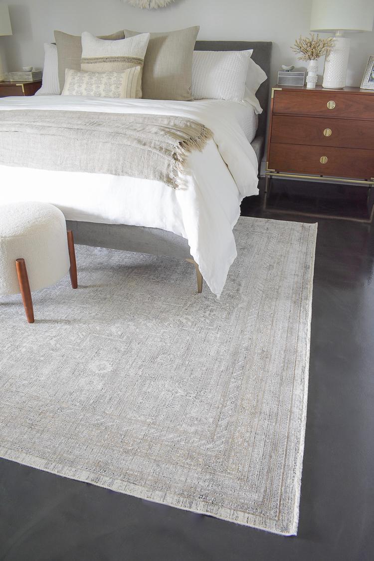 loloi gemma hammond rug, natural montauk throw linen