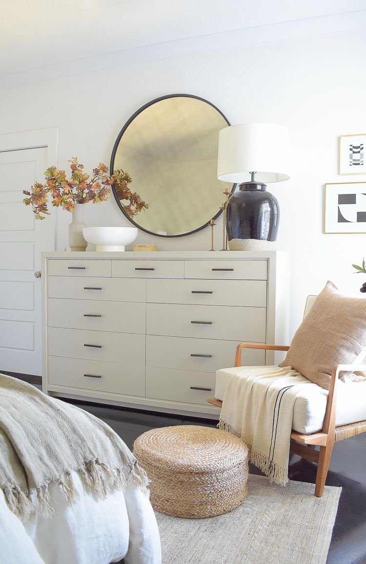 Layered, neutral fall bedroom - how to decorate your dresser