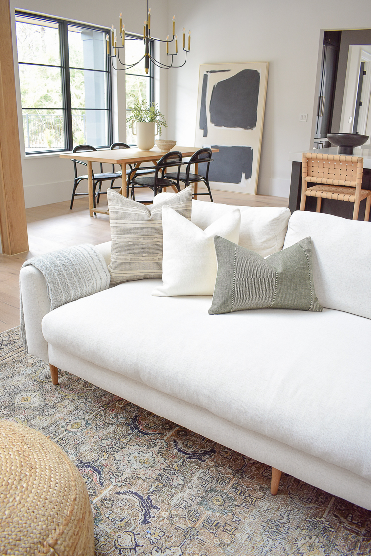 How to style your pillows on your sofa, spring pillow refresh combo