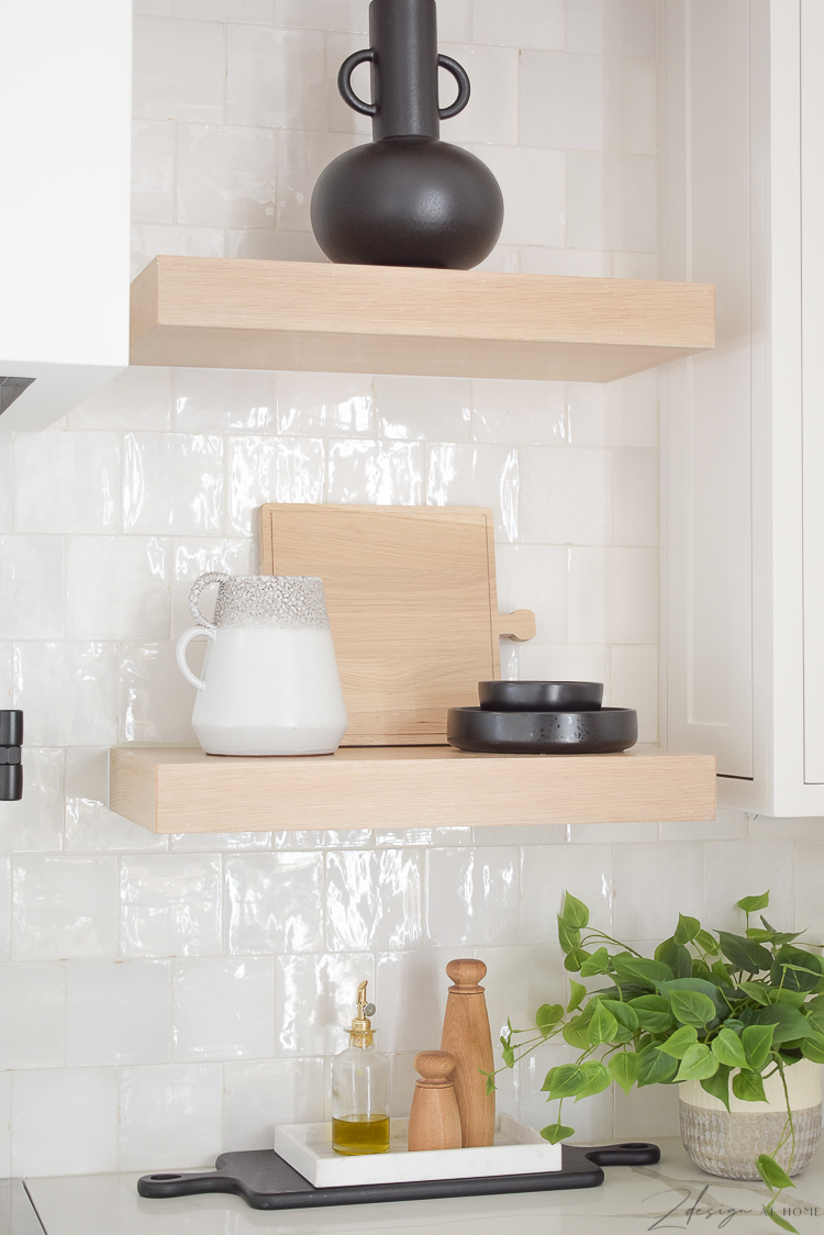 kitchen styling accessories, cutting board , black dishes