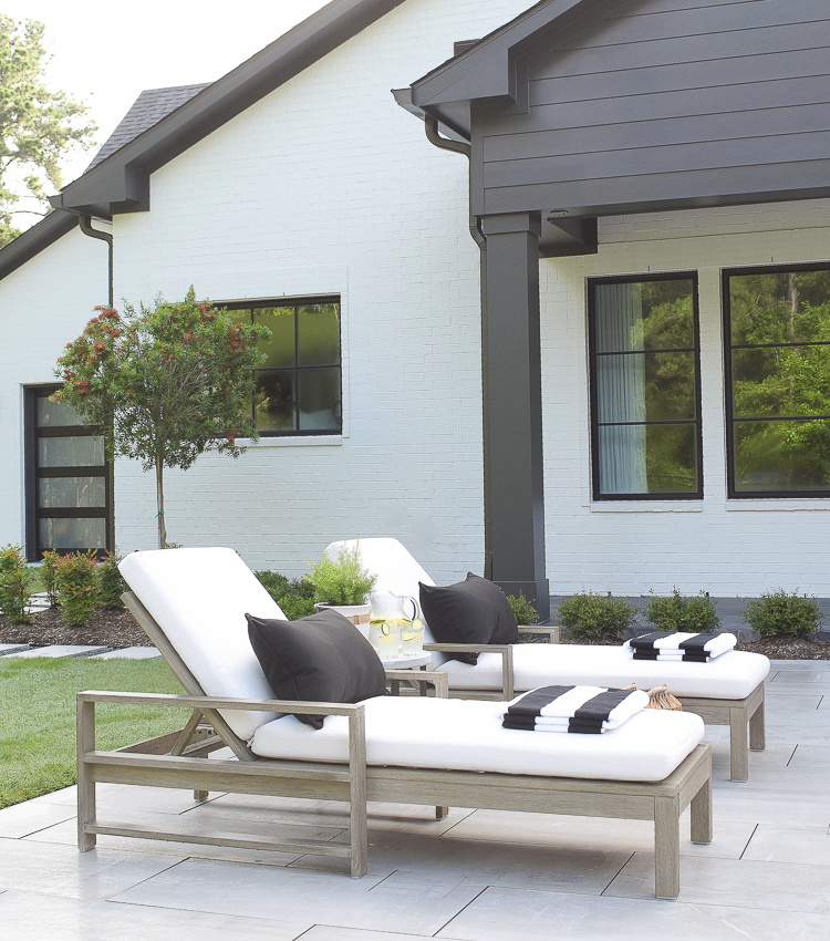 Summer Home Style On The Patio