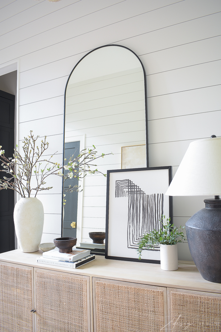 console table style in entry way