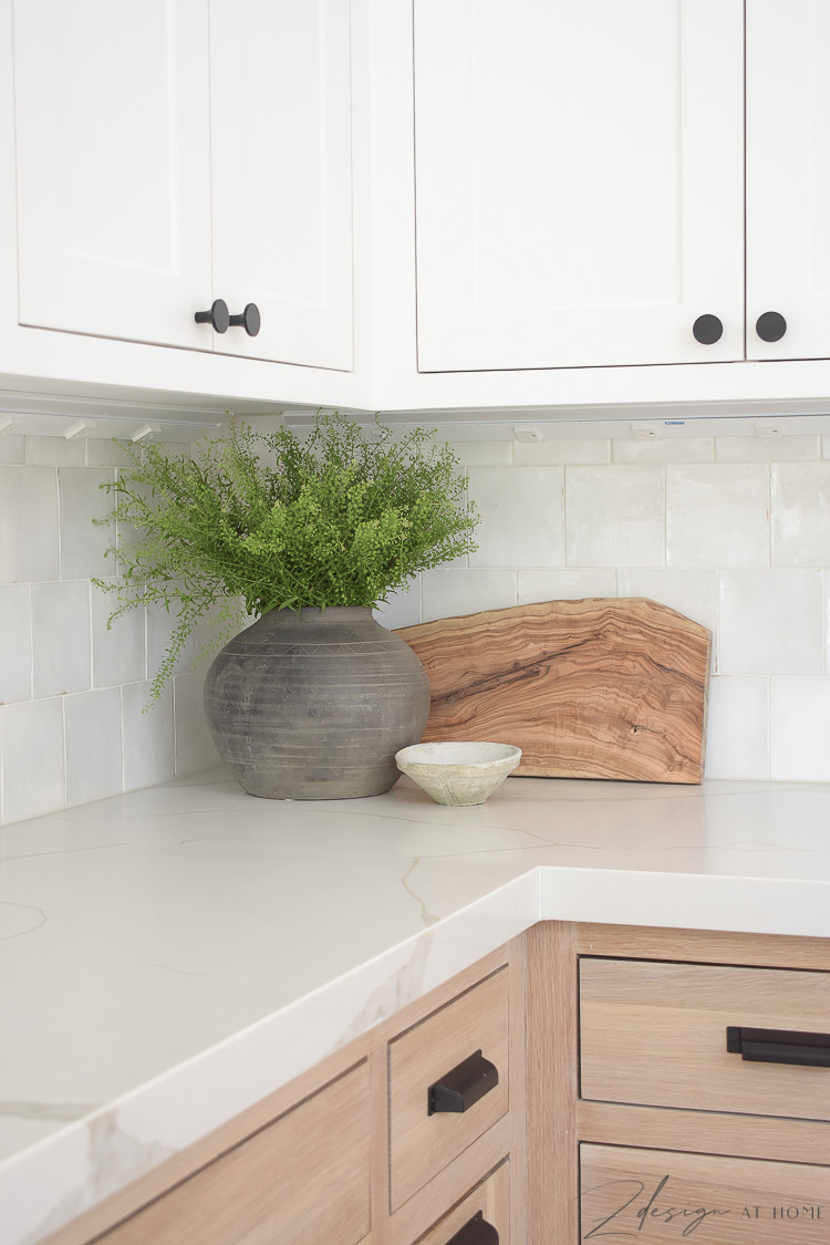kitchen accessories - how to style kitchen countertops