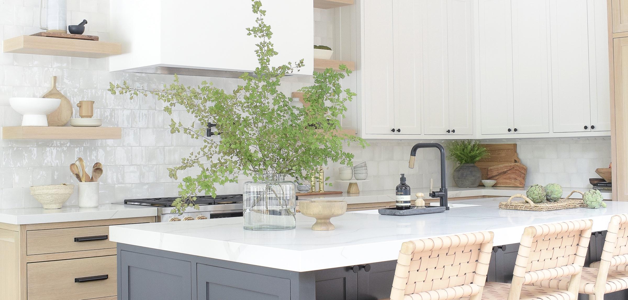 zdesignathome-kitchen-three-cabinet-colors-white-oak-sw-snowbound-iron-ore-black-island-quartz-countertops-modern-farmhouse-1